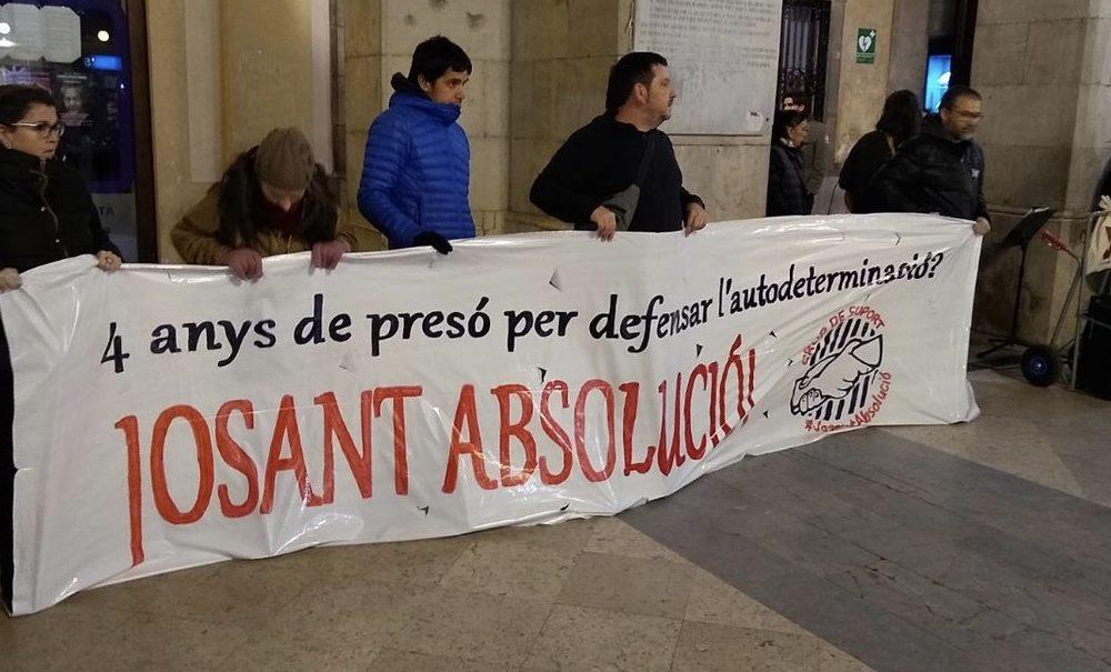 Petició a la Generalitat perquè retiri l'acusació contra Josant i en defensa del dret de manifestació